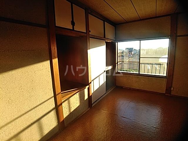 井内町借家の収納