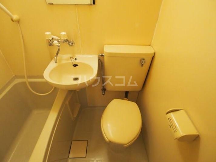 DUEX YUKI 202号室の風呂