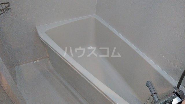 アジールコート新高円寺 402号室の風呂