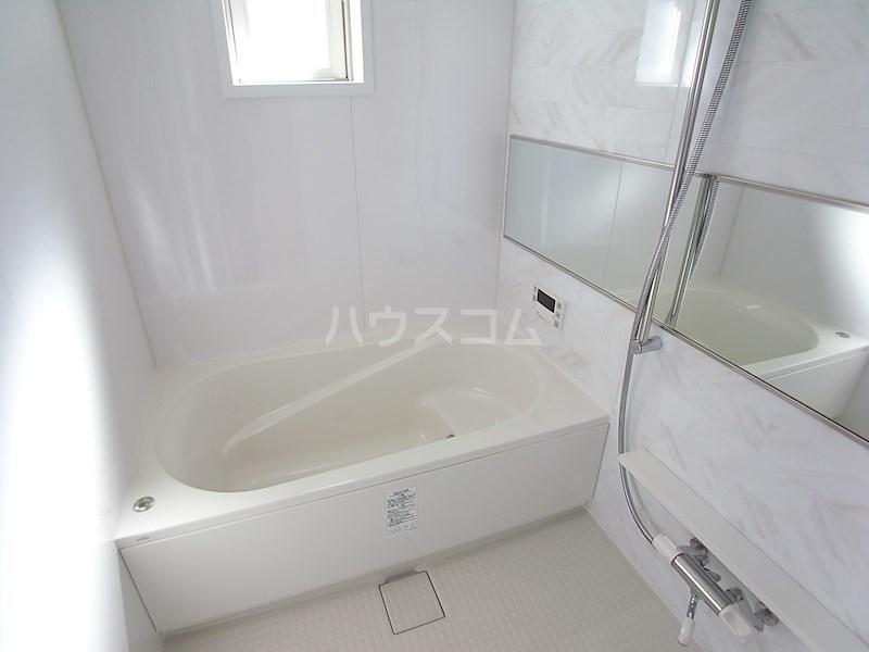 クロリス 303号室の風呂