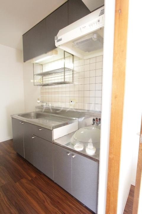 グランドールマンション 206号室のキッチン