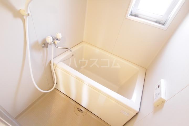 グランドールマンション 206号室の風呂
