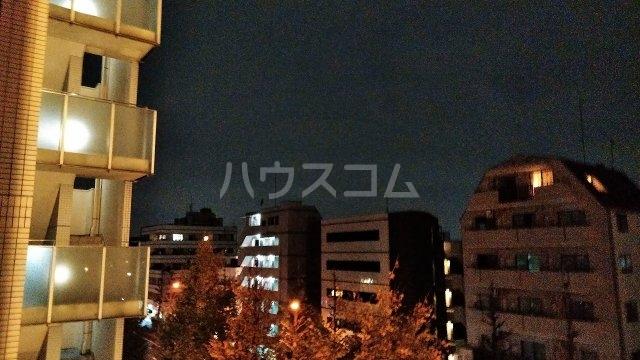 アジールコート新高円寺 601号室の景色