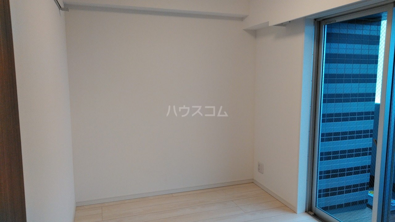 アジールコート新高円寺 601号室の居室