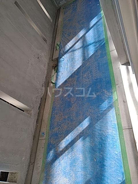 アヴァンセ志免町(仮) 302号室のバルコニー