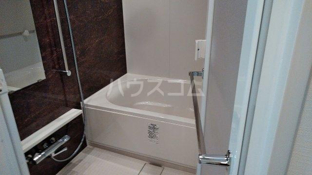 アジールコート新高円寺 607号室の風呂