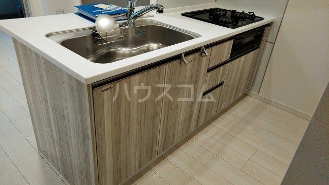 アジールコート新高円寺 607号室のキッチン
