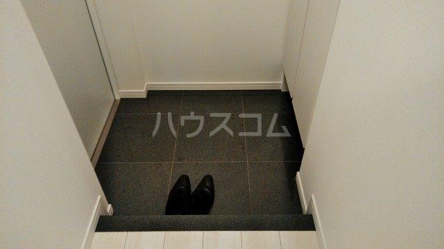 アジールコート新高円寺 607号室の玄関