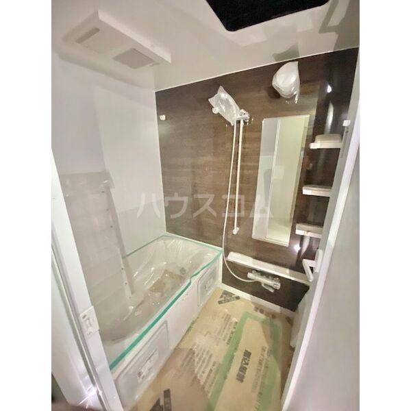 S-RESIDENCE葵II 1401号室の風呂