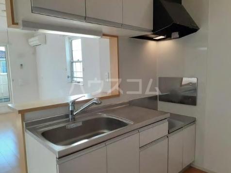 ブランネージュ B 02010号室のキッチン