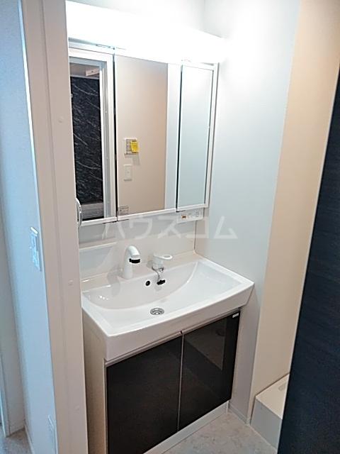 グリシーナ 306号室の洗面所