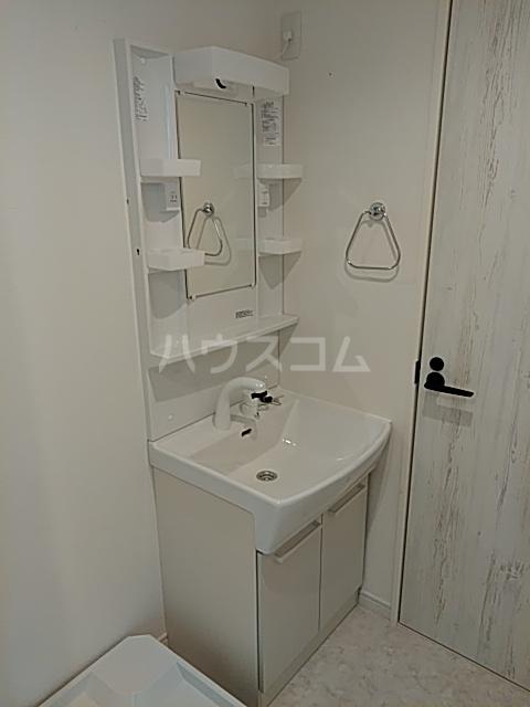 ミハス池袋 201号室の洗面所