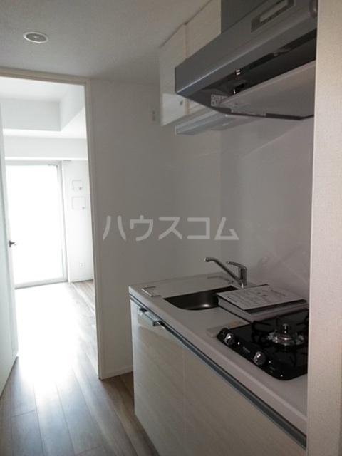レオンコンフォート池田山 703号室のキッチン