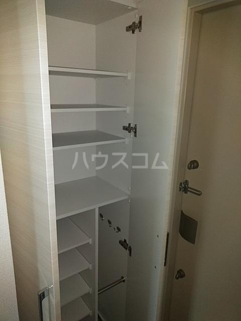 レオンコンフォート池田山 703号室の収納
