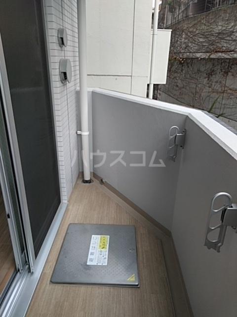 レオンコンフォート池田山 704号室のバルコニー