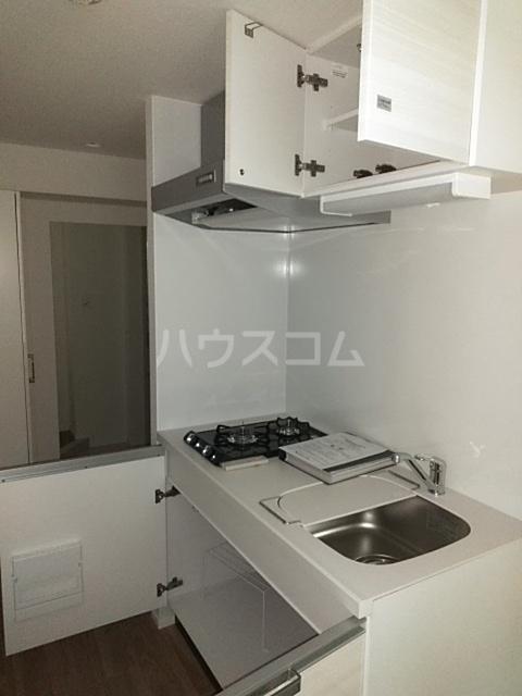 レオンコンフォート池田山 704号室のキッチン