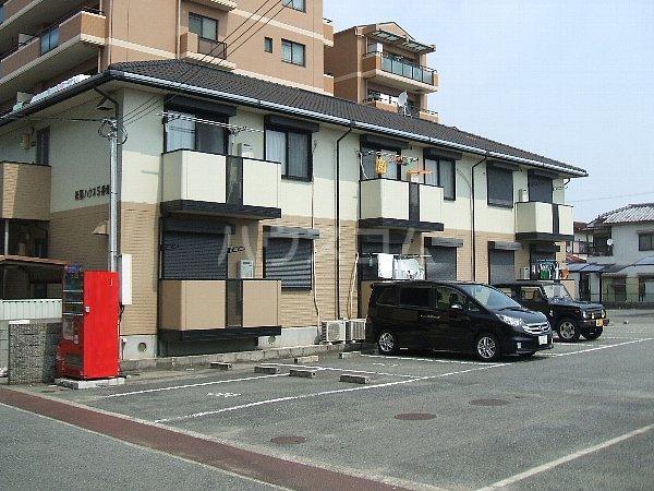 紙屋ハウス5番館 E203号室の駐車場