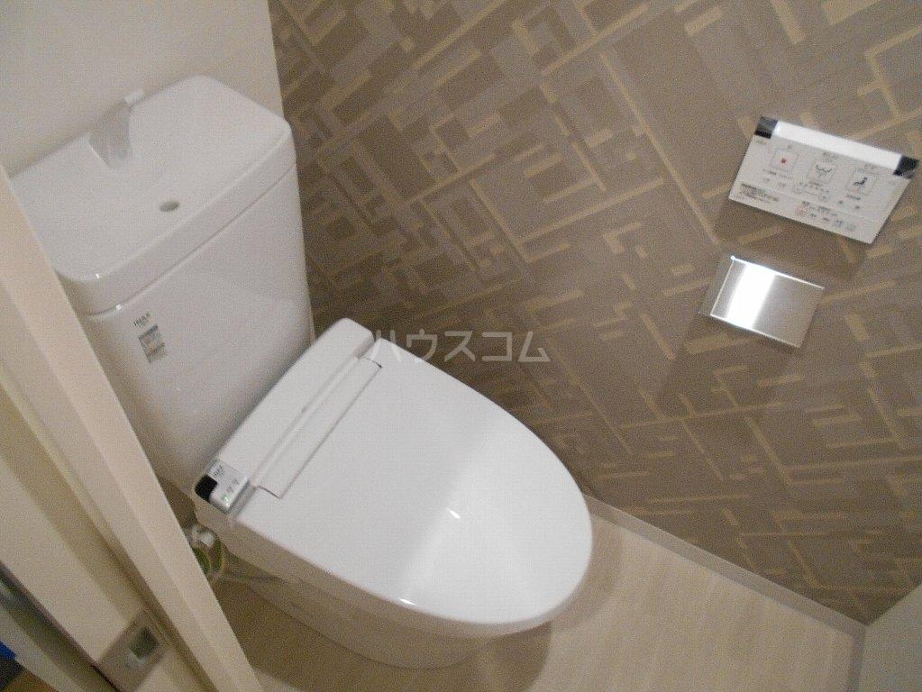 ソルレバンテ 403号室のトイレ