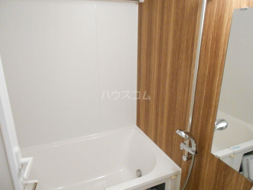 ソルレバンテ 403号室の風呂