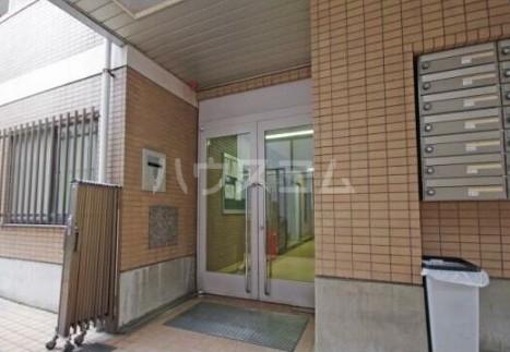 I-VINA目黒 405号室のエントランス