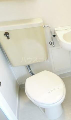 戸部ビル 303号室のトイレ