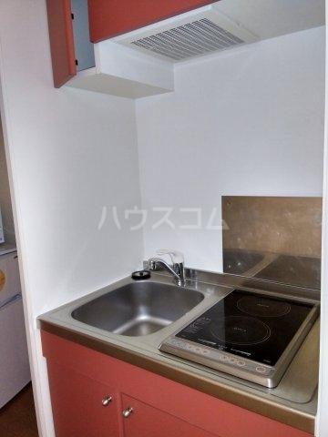 レオパレスKC 204号室のキッチン