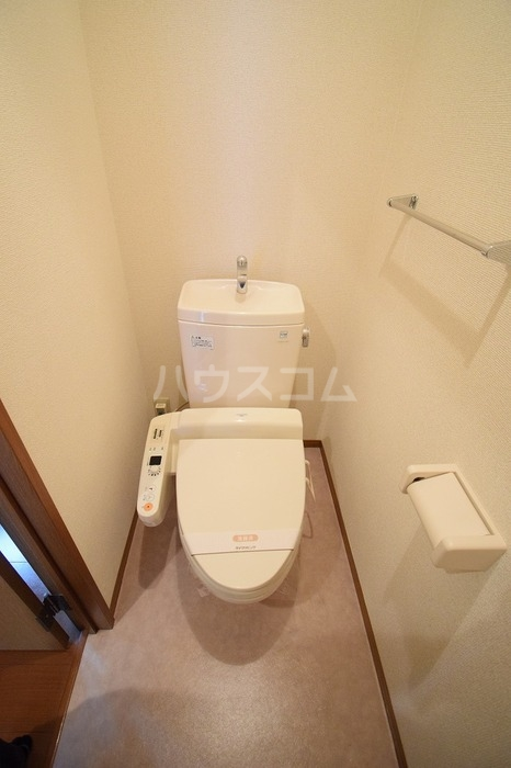 Amabile 102号室のトイレ