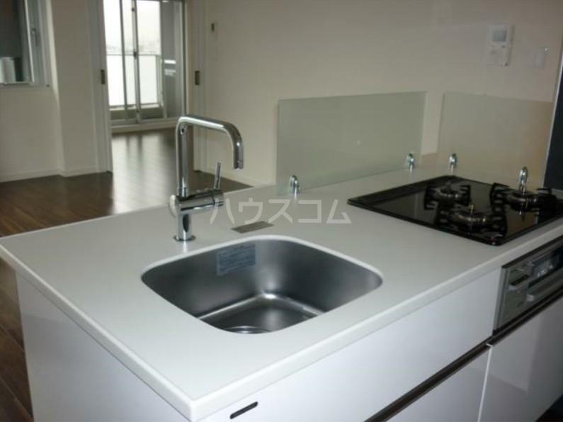レジディア笹塚Ⅱ 1404号室のキッチン