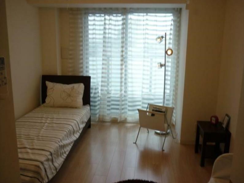 レジディア笹塚Ⅱ 1404号室の居室