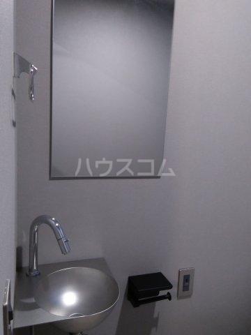 コスティック三ノ輪 402号室の洗面所