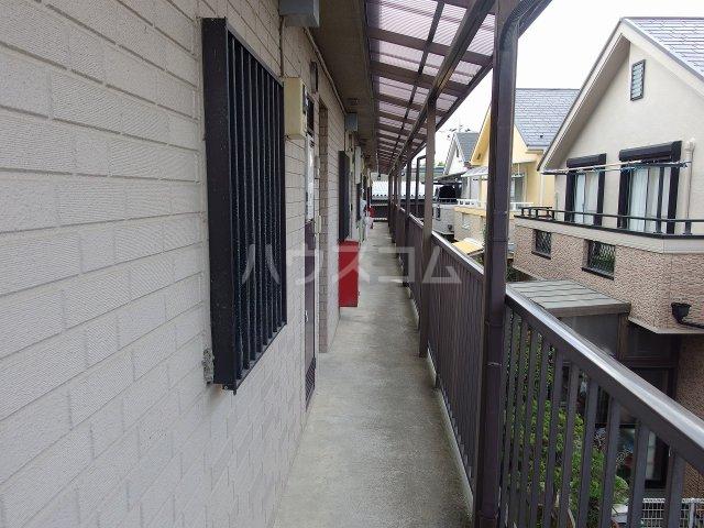 シャルマンハウス石田1号館 205号室のロビー
