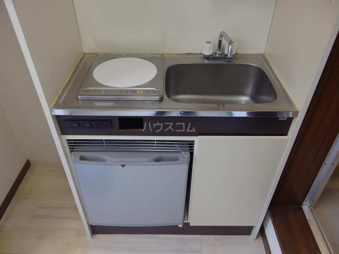 シャルマンハウス石田1号館 205号室のキッチン