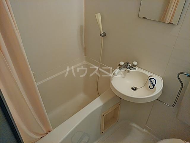PISODE飯田 205号室の風呂
