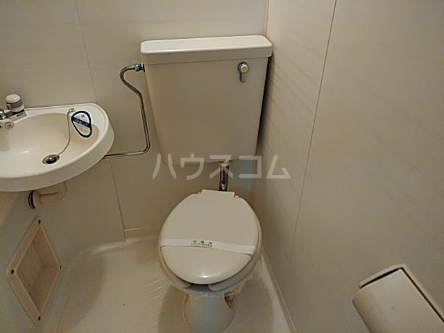 PISODE飯田 205号室のトイレ