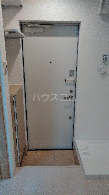 フィラーレ・ヴィラ 102号室の玄関