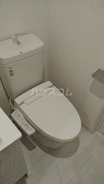 フィラーレ・ヴィラ 302号室のトイレ