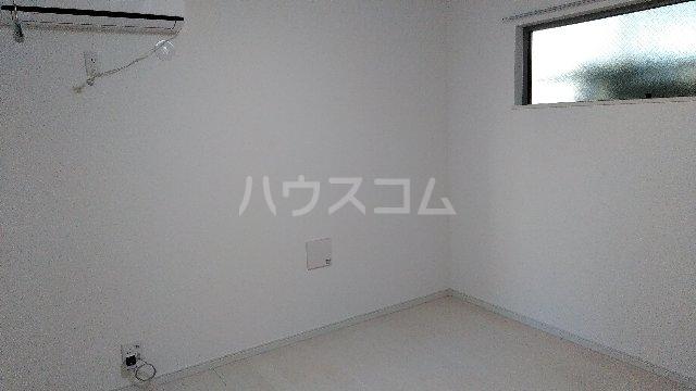 フィラーレ・ヴィラ 204号室の居室