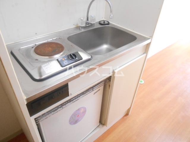 オレンジハイツ 103号室のキッチン