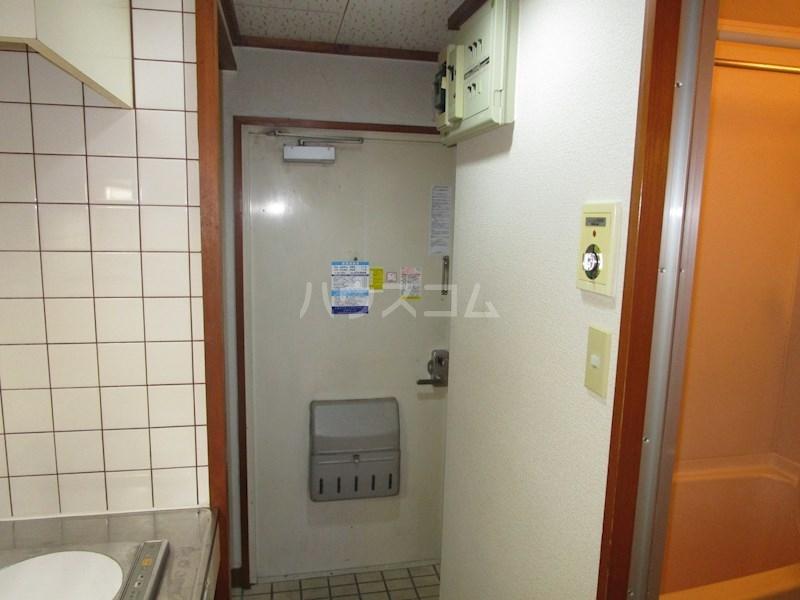 中沢シティハイツガーデン 515号室の玄関