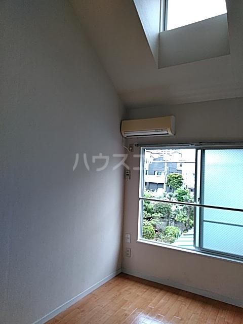 スカイピア亀有A 204号室の居室