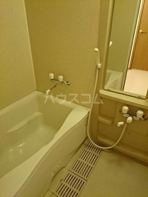パルテール ヴィラ K 02020号室の風呂