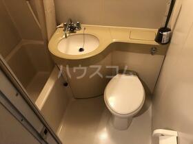 ロッヂ金沢八景 1C号室のトイレ