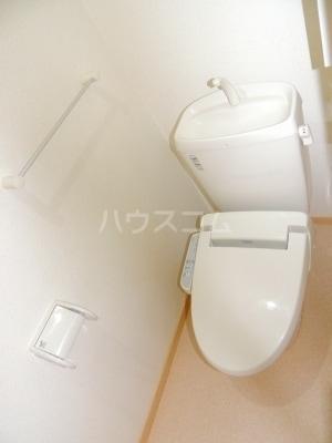 ネオシスB 01030号室のトイレ