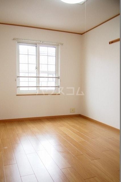 サニーハウス 02010号室のベッドルーム