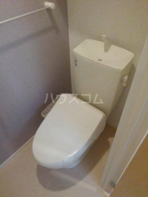 グレイスフル Ⅲ 02010号室のトイレ