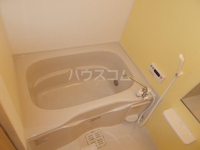 ランドマーク・レーヴB 02020号室の風呂