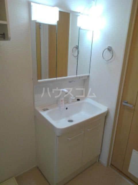 クラール仏生山D 02010号室の洗面所