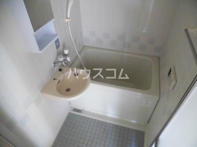 アフェールJ海神 403号室の風呂