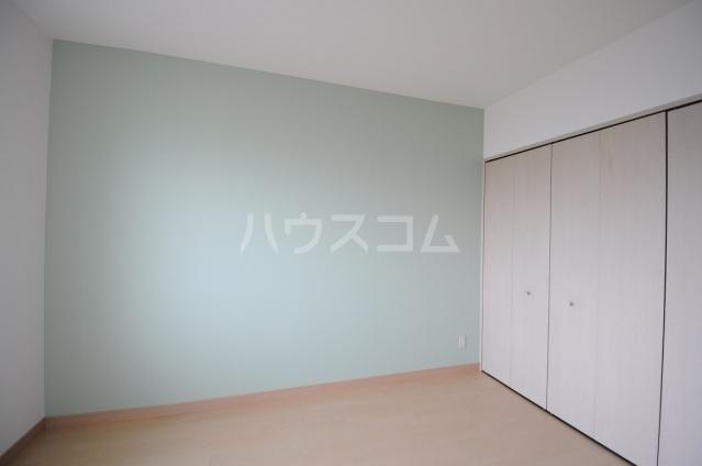 メリディアンガーデン雪月花 307号室のリビング