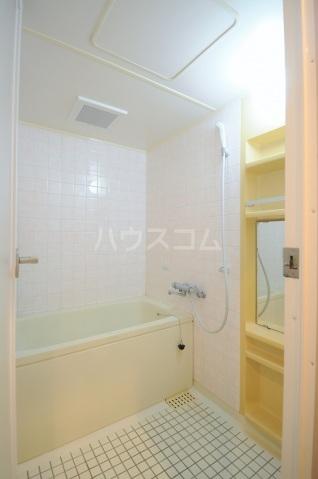 メリディアンガーデン雪月花 307号室の風呂